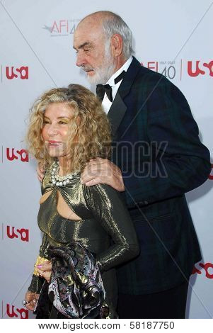 Sean Connery and Micheline Connery at the 35th Annual AFI Life Achievement Award celebration honoring Al Pacino. Kodak Theatre, Hollywood, CA. 06-07-07