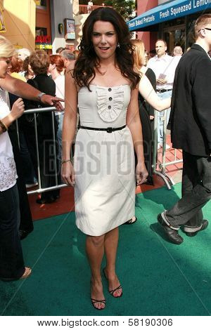 Lauren Graham at the world premiere of
