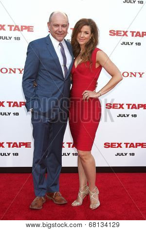 LOS ANGELES - JUL 10:  Rob Corddry, Sandra Corddry at the