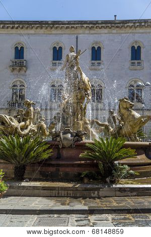 Diana Fountain On Piazza Archimede In Syracuse, Italy