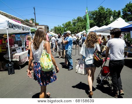 South Pearl Street Farmers Market In Denver