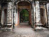 image of dong  - Bich Dong Pagoda in Ninh Binh - JPG
