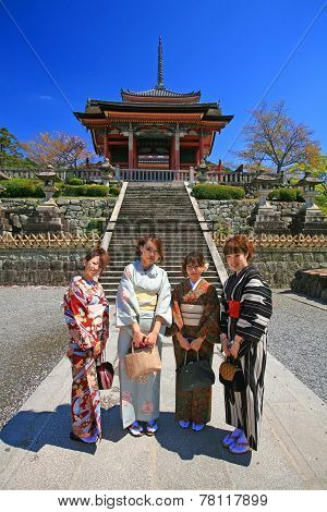 Japanese Girls Dressing Traditional Kimono Enjoy Cherry Blossom