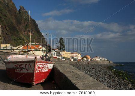 Paul Do Mar Coastline