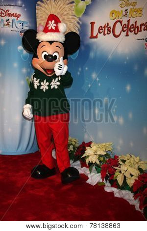 LOS ANGELES - DEC 11:  Mickey Mouse at the