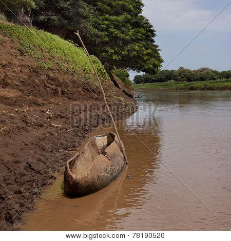 Omo River