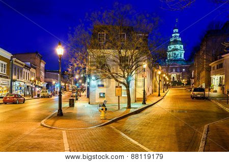 ANNAPOLIS, MARYLAND - APRIL 2, 2015: Downtown Annapolis, Maryland on Main Street. The city is the state capital.
