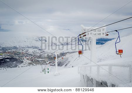 Ski lift chair