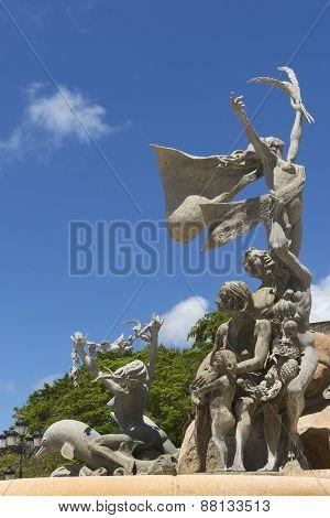 Three Groups At Raices Statue.