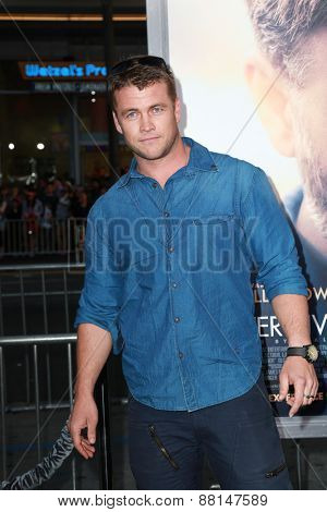LOS ANGELES - FEB 16:  Luke Hemsworth at the