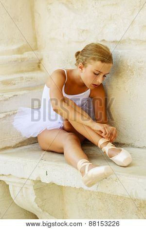 Ballet, ballerina - young and beautiful ballet dancer, portrait