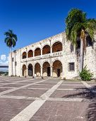 pic of conquistadors  - Diego Columbus palace  - JPG