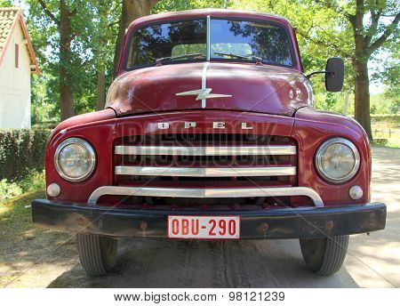 1950s pickup truck - Opel Blitz 1.75T - front view