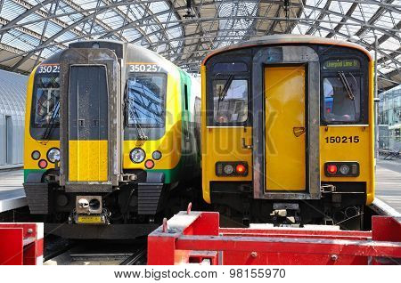 Trains at Lime Street Station.