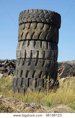 waste tires tower