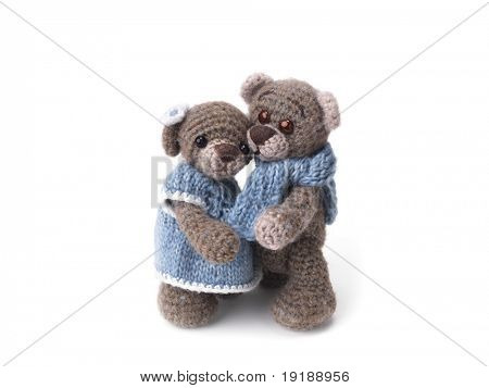 Amicable family of teddy bears