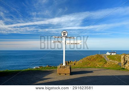 Distance Signpost At Lands End