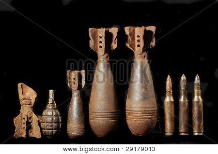 Arqueología militar.Restos de la II Guerra Mundial.Excavado en Ucrania con detector de metales