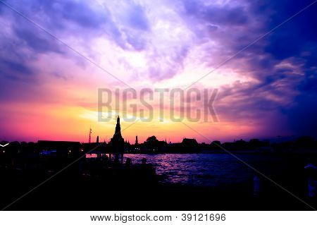 Cityscape Of Wat Arun Temple Bangkok In  Dusk