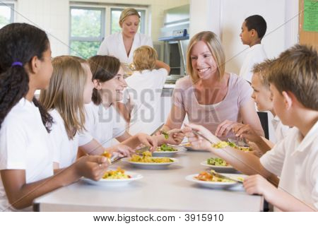 Pupils Eating School Dinner