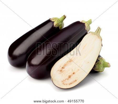 berenjena o berenjena verduras sobre fondo blanco