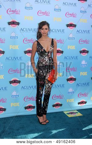 LOS ANGELES - AUG 11:  Nina Dobrev at the 2013 Teen Choice Awards at the Gibson Ampitheater Universal on August 11, 2013 in Los Angeles, CA