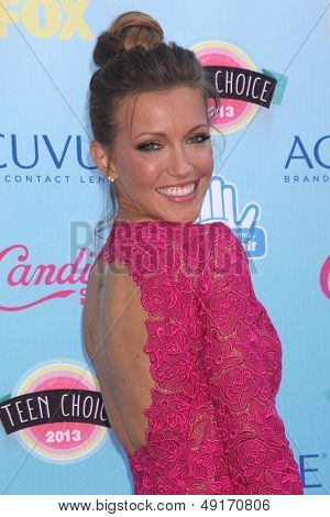 LOS ANGELES - AUG 11:  Katie Cassidy at the 2013 Teen Choice Awards at the Gibson Ampitheater Universal on August 11, 2013 in Los Angeles, CA