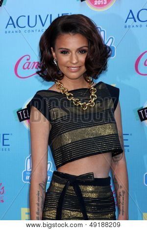 LOS ANGELES - AUG 11:  Cher Lloyd at the 2013 Teen Choice Awards at the Gibson Ampitheater Universal on August 11, 2013 in Los Angeles, CA