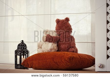 Two Embracing Teddy Bears