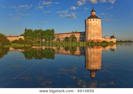 Kirillo-belozersky Monastery, Towers