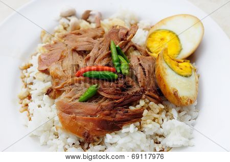 Grilled Knuckle Of Pork On Rice