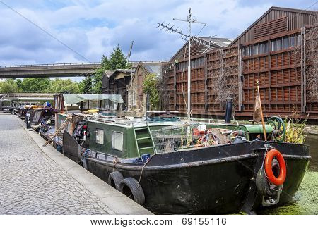 Home Barge In Paddington Basin In London