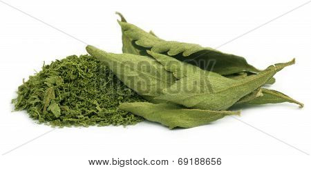 Dried And Crushed Stevia