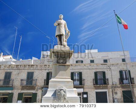 Giuseppe Mazzini Statue.