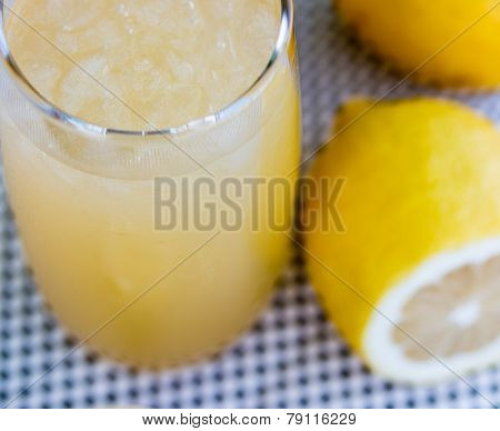 Lemonade Glass Shows Organic Citrus And Homem