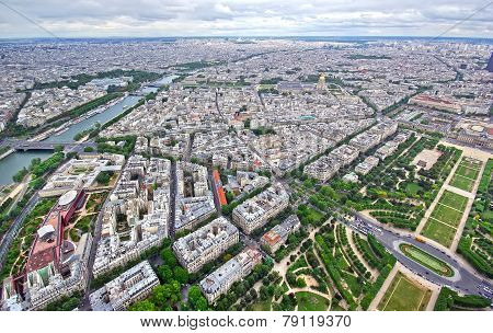 Paris, Up View
