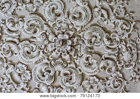 Baroque ornament circle detail