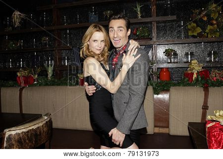 LOS ANGELES - DEC11: Lea Thompson, Scott Nevins at SPARKLE: An All-Star Holiday Concert to benefit The Actors Fund at Rockwell Table & Stage on December 11, 2014 in Los Angeles, California