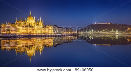 View of hungarian Parliament and Liberty Statue, Budapest