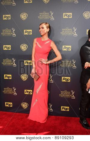 LOS ANGELES - APR 26:  Giuliana Rancic at the 2015 Daytime Emmy Awards at the Warner Brothers Studio Lot on April 26, 2015 in Burbank, CA