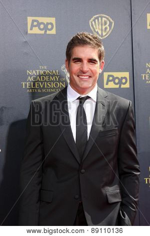 LOS ANGELES - APR 26:  Galen Gering at the 2015 Daytime Emmy Awards at the Warner Brothers Studio Lot on April 26, 2015 in Burbank, CA