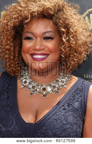 LOS ANGELES - APR 26:  Sunny Anderson at the 2015 Daytime Emmy Awards at the Warner Brothers Studio Lot on April 26, 2015 in Burbank, CA