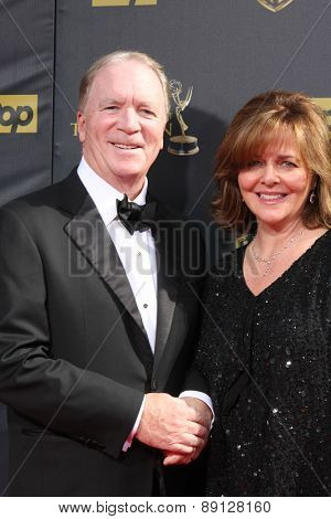LOS ANGELES - APR 26:  Ken Corday at the 2015 Daytime Emmy Awards at the Warner Brothers Studio Lot on April 26, 2015 in Burbank, CA