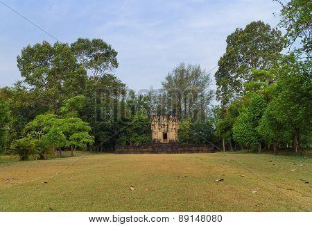 lanscape for Hidu sanctuary situated