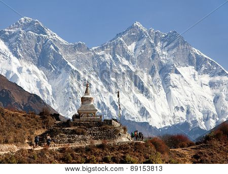 Stupa Near Namche Bazar And Mount Everest, Lhotse