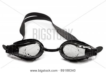 Black Goggles For Swimming With Water Drops