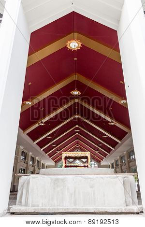 Thai Temple - Interior