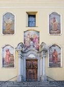pic of pilaster  - church of Santissima Trinit - JPG