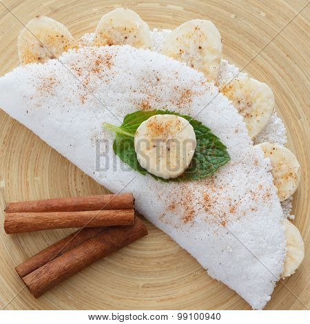 Casabe (bammy beiju bob biju) - flatbread made from cassava (tapioca)