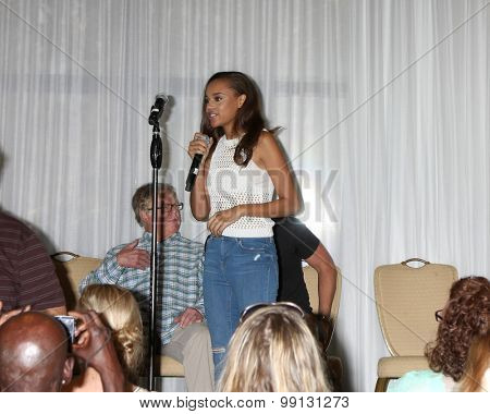 LOS ANGELES - AUG 16:  Reign Edwards at the Bold and Beautiful Fan Event Sunday at the Universal Sheraton Hotel on August 16, 2015 in Universal City, CA